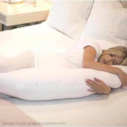 Pregnancy pillow for second trimester pregnancy women.