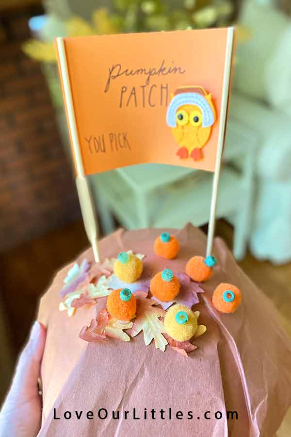 Pumpkin patch fall kids craft project.